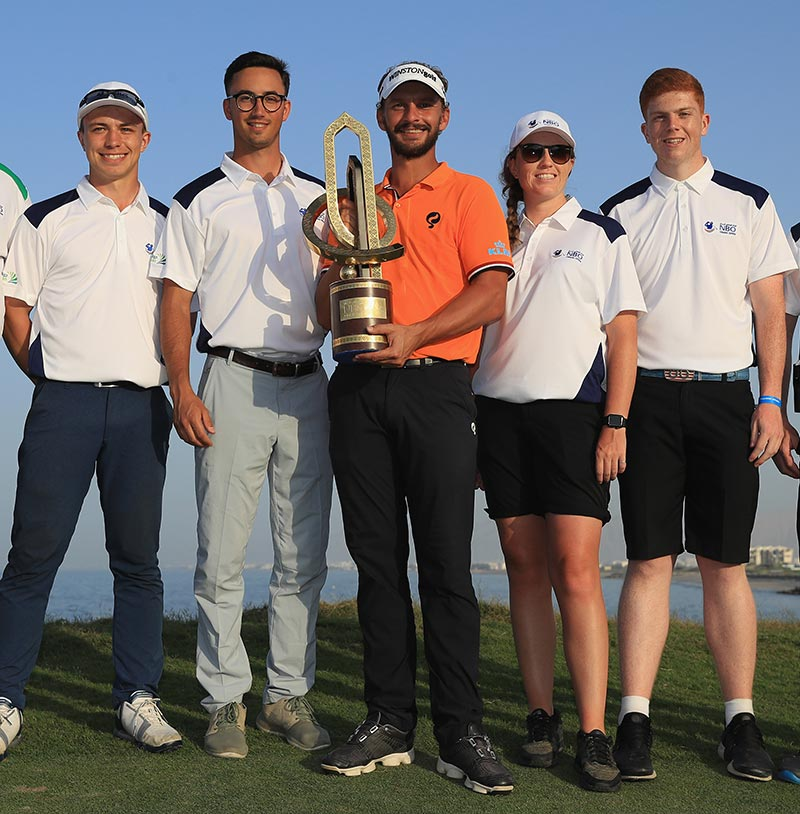 Student golfers embark on professional adventure